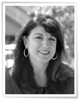 Lisa Vitarisi Mathews